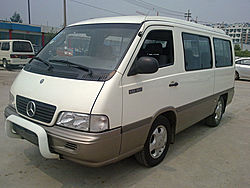 奔驰MB100