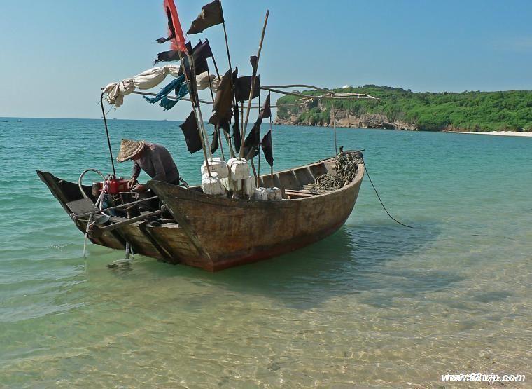 北海涠洲岛出海打鱼/钓鱼/海钓/涠洲岛旅游/酒店/包船/坐船看珊瑚